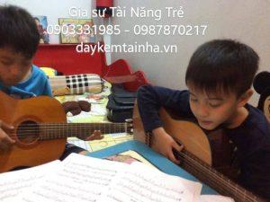 Nhận gia sư dạy đàn Guitar tại quận Phú Nhuận
